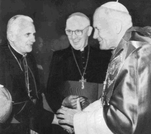 Tři papežové